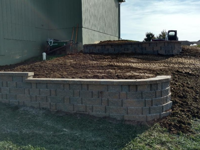 Tiered Block Retaining Wall Construction