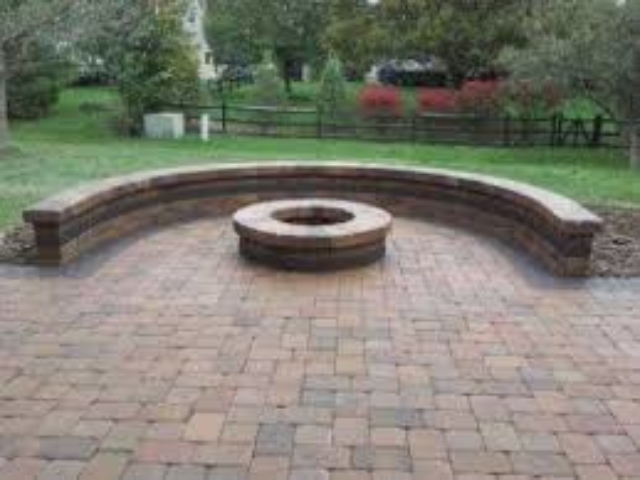 Seat Wall Retaining Wall Surrounding Firepit